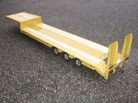 Wedico 1/16th Drop Deck Semi-Trailer Kit with Ramps. UK Version #22